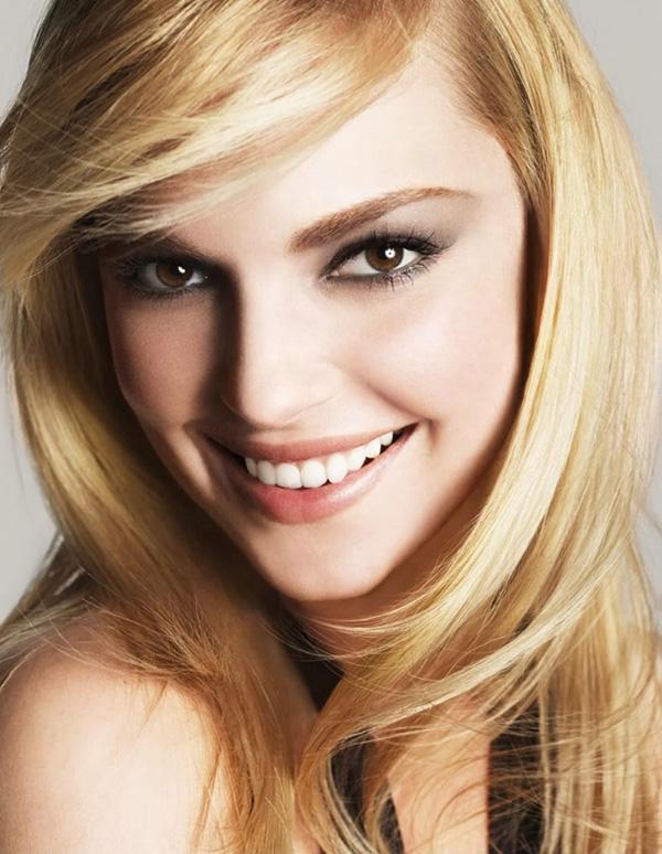 Усмивката и русата коса ни правят по-привлекателни KatherineHeigl-smiling